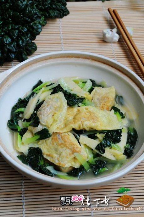 提升经典滋味---鲜美的乌塌菜冬笋烩蛋饺(附怎样挑选乌塌菜)