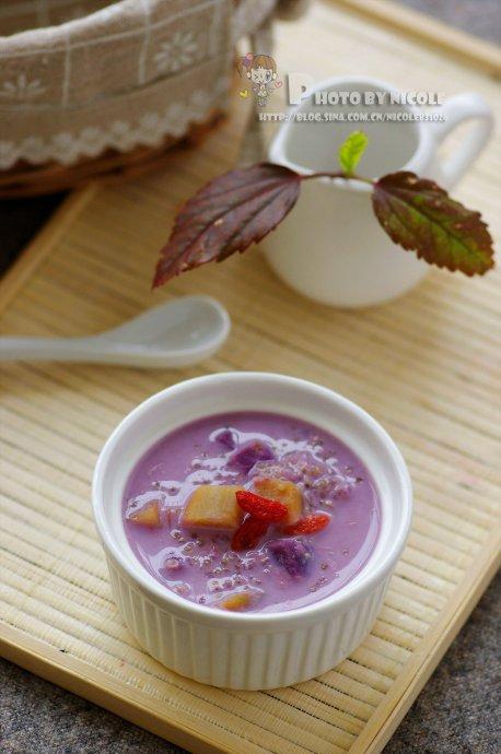 无法抗拒那一抹紫色诱惑——解馋又瘦身的椰香双薯藜麦羹
