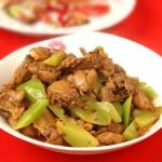 31种烹鸡大法,整月吃鸡不重样—【莴苣烧鸡块】