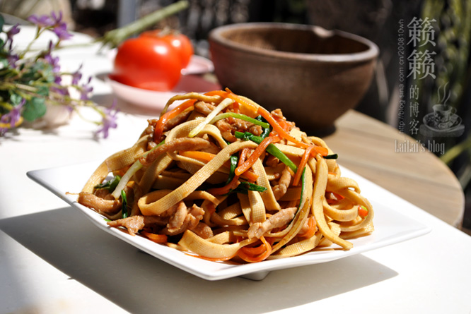 【千张小炒肉】1点小改变,让挑嘴的孩子爱上豆制品!