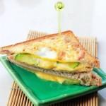 零厨艺也可以3分钟搞定简易版三明治(墙裂推荐给上班族)——【简版三明治】