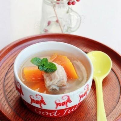 一道健脾消食的家常美容汤水——【木瓜排骨汤】