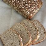 简单七步做出健康营养的黑麦杂粮面包