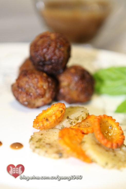 掌握一个关键点,用烤箱也能做出好吃的菜【黑椒肉丸儿】