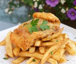 英美著名的外卖小吃炸鱼薯条Fish&Chips