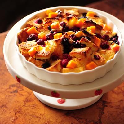 莓果奶油面包布丁----看平淡吐司如何轻松变身为华丽甜品