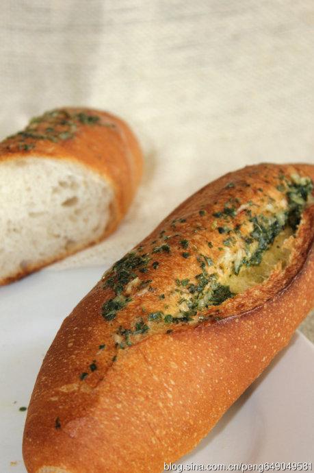 吃完让你满口留香的蒜香面包