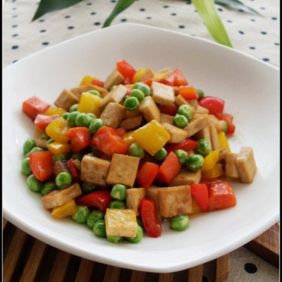 厨房新手的快手菜——蚝油炒四丁