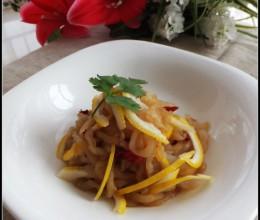 5分钟搞定夏季开胃的凉拌菜——柠檬海蜇丝(两招使海蜇丝焯水不缩水还爽脆)?