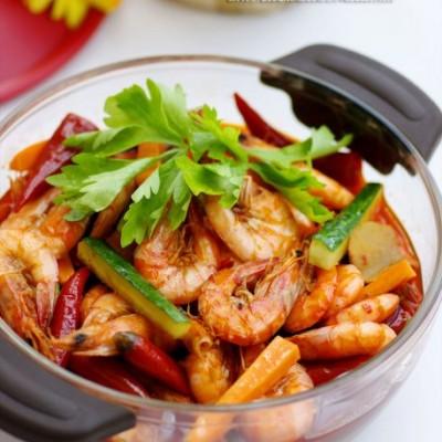 转眼之间饭扫光的私房开胃菜——连锅端上桌的酸辣泡椒虾