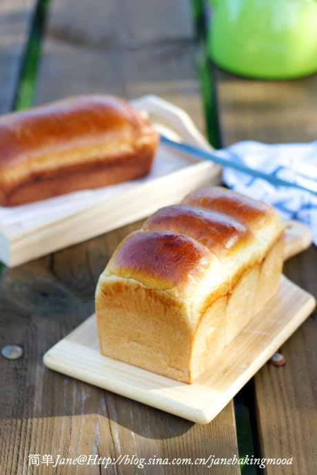 全麦红豆土司,香香的牛奶红豆包