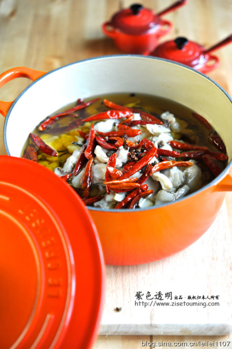 【铸铁锅菜谱21】风靡全国备受大众喜爱的的经典川菜--水煮鱼