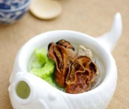 用海牛奶煲一锅降火汤——清热排毒的蚝豉瘦肉凉瓜汤