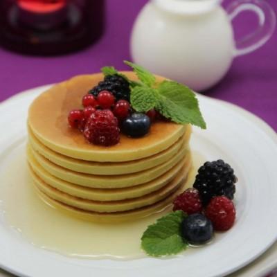 上班族的快手绚丽早餐---枫糖莓果煎饼