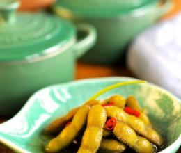 【铸铁锅菜谱23】如何让煮毛豆滋味十足--带有地方特色的香糟毛豆