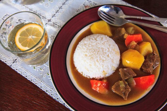 牛肉咖喱饭--简单取巧法做出美味口感