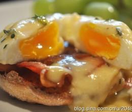 美式早餐的极致:班尼迪蛋EggBenedict