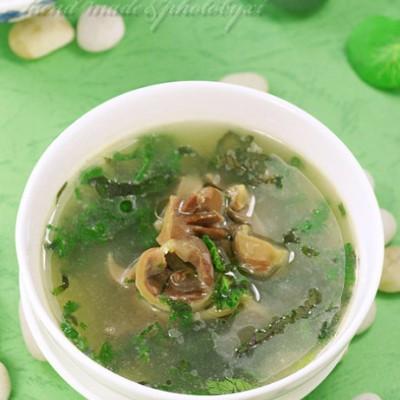 来一碗特殊味觉的消暑汤水——土生香草鸡杂汤