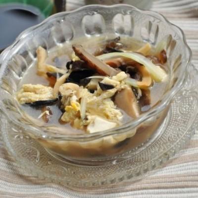 【他山之石】9--节后养生又美味的鱿鱼酸辣汤