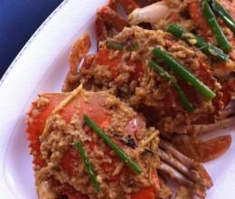 假日家庭聚餐最抢手的大菜——【咸蛋黄炒蟹】