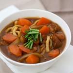 快手、暖胃還營養的雞肉咖喱粗面