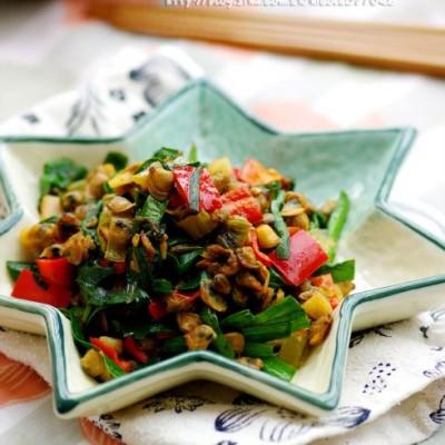 一嚼满口香的无敌下酒小菜:用勺舀着吃的韭香螺蛳肉