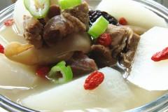 冬天最佳御寒炖菜---【清汤白萝卜炖羊腿】