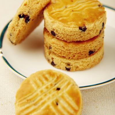 异域风味:来自法国布列塔尼的巧克力酥松小圆饼