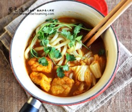 【铸铁锅菜谱28】集快手、好味、营养于一身的滋味素面----咖喱蔬菜素面