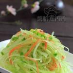 节后清肠营养小菜---醋拌青笋萝卜丝