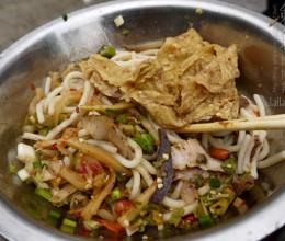 【年味·桂林】桂林,街头巷尾的迷人美食!