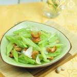 節后調理腸胃的79道素菜——腰果百合炒芹菜