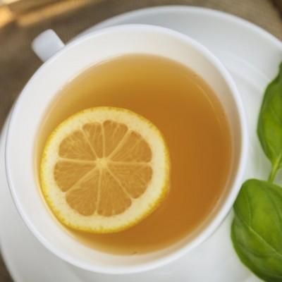 《蜂蜜柠檬罗勒茶》我的私房保健茶,放松自己并和感冒说再见