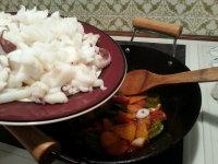 《茄汁烧墨鱼》家藏私房菜之不一样的墨鱼惹味烧法