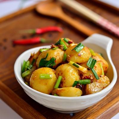 零厨艺成就家乡美味【红烧小土豆】