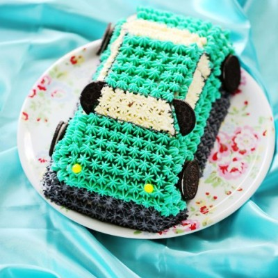 送孩子可以吃的六一节玩具---Tiffany蓝3D汽车蛋糕