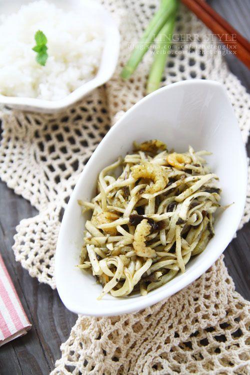 #美食感恩季#榄菜煸茭白
