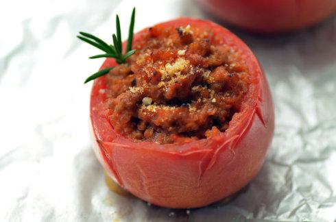 香蒜杏仁意面配法式烙番茄塞肉