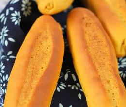 质感口感兼备的法棍式南瓜红糖面包