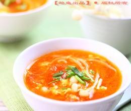 如何打出漂亮蛋花儿·番茄金针菇鸡蛋汤