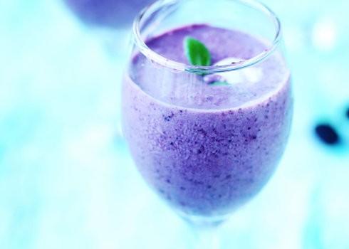 健康低脂冰品自己做------桑葚冰沙