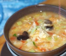 简单两步成就地道北方民间小吃——亦汤亦主食的【面疙瘩汤】