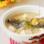 鱼头粉丝豆腐汤