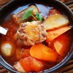 寒冷季节的治愈系温暖汤水——超浓郁番茄牛尾汤的家庭做法