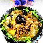 飘香鸡什锦菌菇火锅---火锅季不可错过的味美