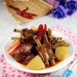 天冷吃點暖胃的----紅燜羊排蘿卜