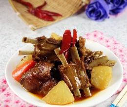 天冷吃点暖胃的----红焖羊排萝卜