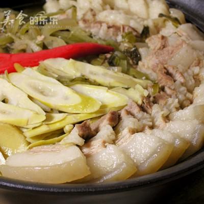 客家苦笋咸菜煲---绿色保健的下饭菜