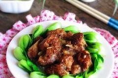 #百家千宴#过年餐桌上的暖心滋补菜---猴头菇扒油菜心
