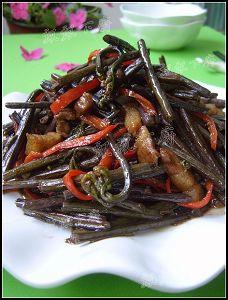春日菜根香----鲜美至极鸡汁荠菜百叶包